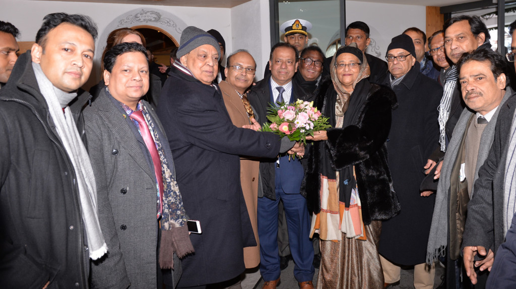 01182017_05_SHEIKH_HASINA_AT_WEF (1)